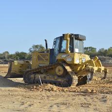Foto relacionada com a empresa ETS Marques - Terraplenagem e Locação de Máquinas