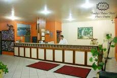 Foto relacionada com a empresa Tawfiq´s Palace Hotel