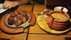 Foto relacionada com a empresa Vermelho Grill Restaurante