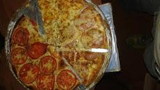 Foto relacionada com a empresa San Marino Pizzas