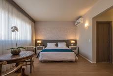 Foto relacionada com a empresa Suntory Business Hotel