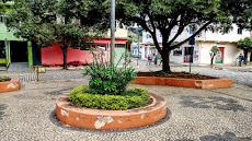 Foto relacionada com a empresa Praça Pedra Dourada