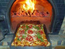 Foto relacionada com a empresa BF Art & Pizza Forno a Lenha