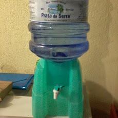 Foto relacionada com a empresa Dz distribuidora de Água mineral.