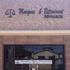 Foto relacionada com a empresa Marques e Bittencourt advocacia